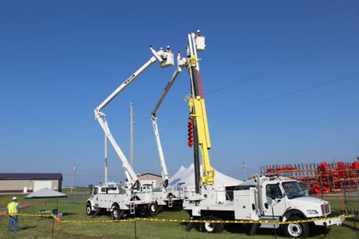Content Dam Up Online Articles 2018 09 Up Terex40years Ho Wed 007