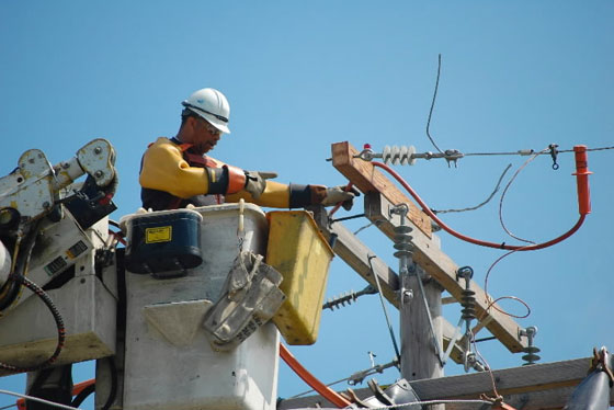 Content Dam Elp Gallery En Articles Slideshow 2014 09 The Electric Light Power Utility Of The Year Is Coming 2013