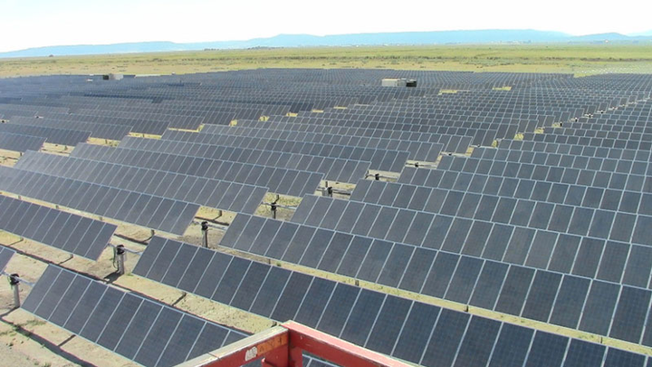 Content Dam Elp Gallery En Articles Slideshow 2015 July Delivering Power To The West Coast A Slideshow Profile Of Pacific Power Black Cap Solar Facility Elp