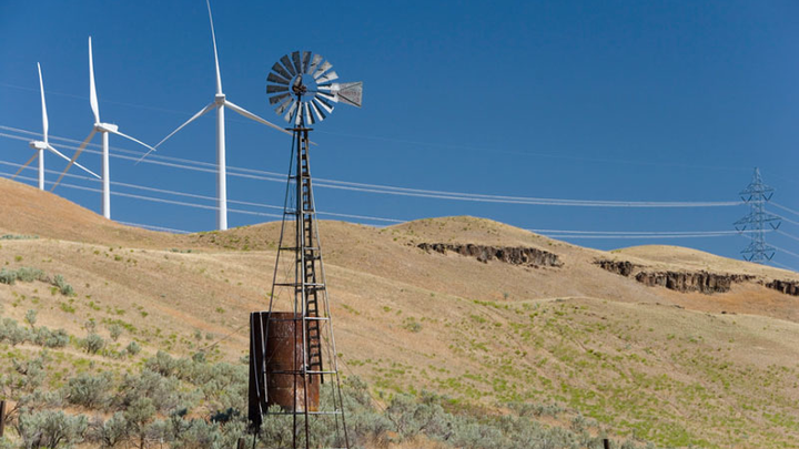 Content Dam Elp Gallery En Articles Slideshow 2015 July Delivering Power To The West Coast A Slideshow Profile Of Pacific Power Leaning Juniper Wind Farm Elp