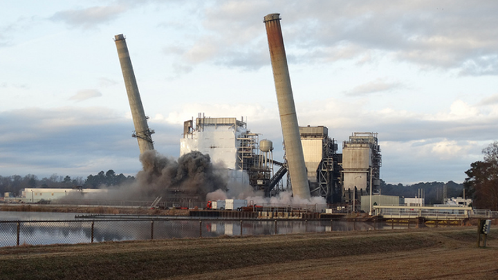 Content Dam Elp Online Articles 2014 06 Power Plant Implosion