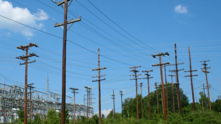 Content Dam Elp Online Articles 2014 08 Distribution Utility Poles