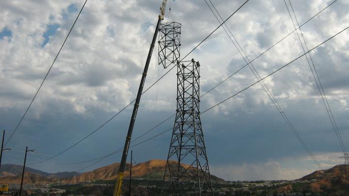 Content Dam Elp Online Articles 2014 08 Tehachapi Renewable Transmission Project