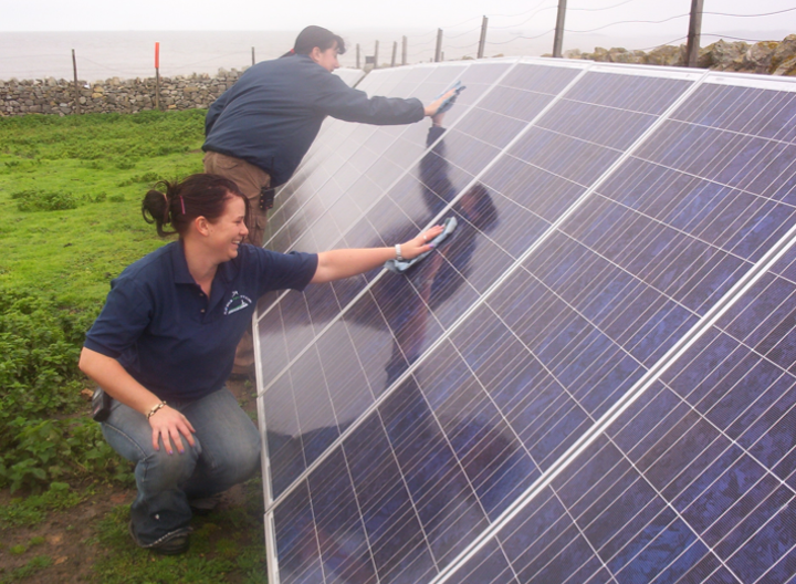 Content Dam Elp Online Articles 2014 09 Solar Power Workers Elp