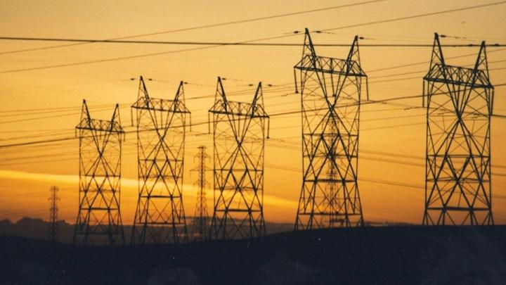 Content Dam Elp Online Articles 2014 09 Transmission Lines Elp