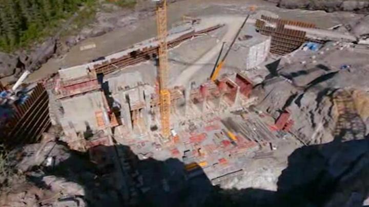 Content Dam Elp Online Articles 2014 10 Forrest Kerr Hydro Dam Construction Elp
