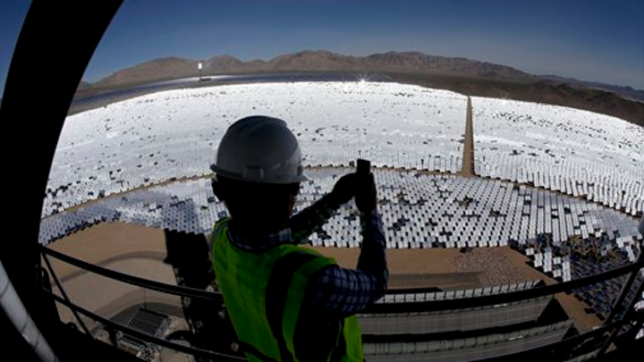 Content Dam Elp Online Articles 2014 11 Ivanpah Solar Power Elp