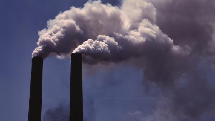 Content Dam Elp Online Articles 2014 11 Power Plant Pollution Elp 1