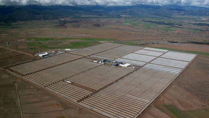 Content Dam Elp Online Articles 2014 11 Spain Solar Power Elp