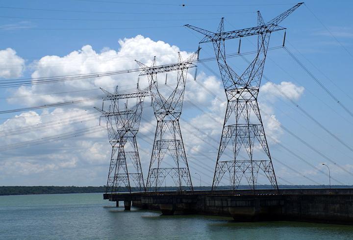 Content Dam Elp Online Articles 2014 12 Brazil Transmission Lines Elp