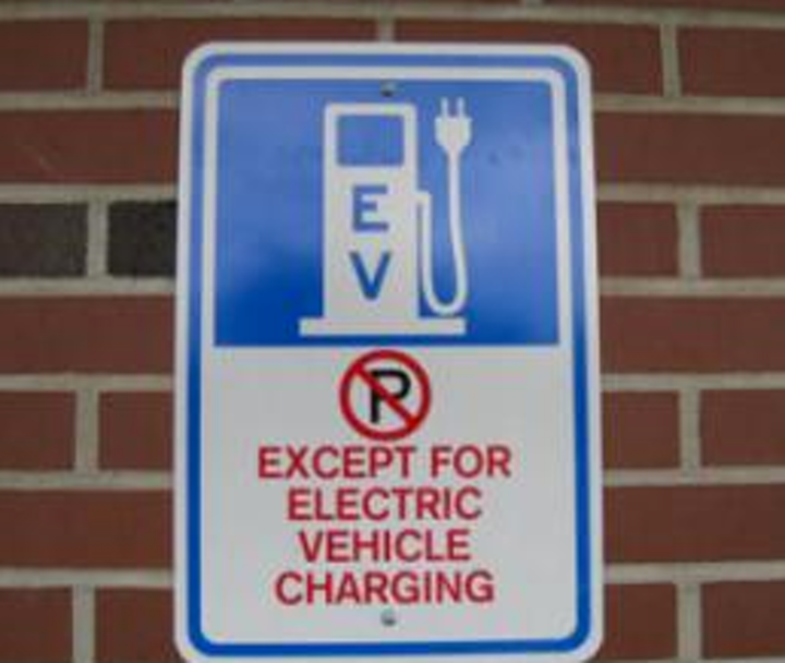 Content Dam Elp Online Articles 2014 12 Electric Vehicle Charging Elp
