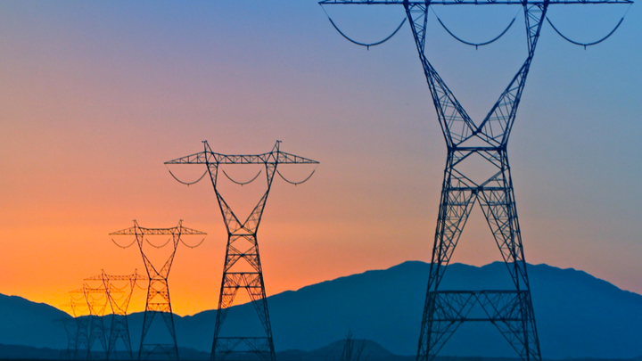Content Dam Elp Online Articles 2014 12 Sunrise Powerlink Transmission Line Elp