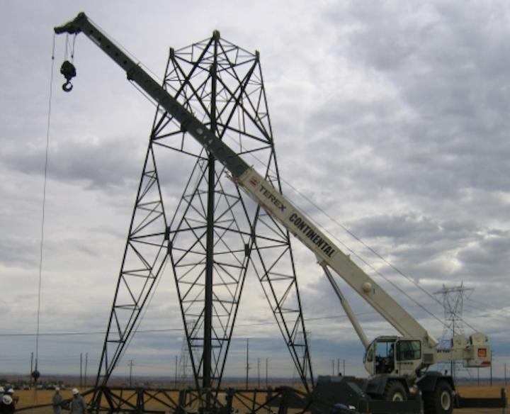 Content Dam Elp Online Articles 2014 12 Transmission Construction 3 Elp