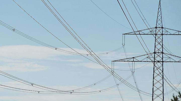 Content Dam Elp Online Articles 2014 12 Transmission Lines Elp