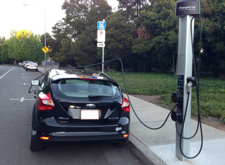 Content Dam Elp Online Articles 2015 February Electric Vehicle Charging Station Elp 1