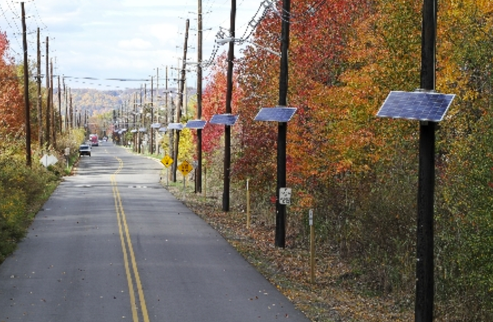 Content Dam Elp Online Articles 2015 February Pse G Pole Top Solar Energy Elp