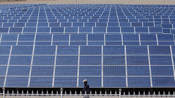 Content Dam Elp Online Articles 2015 February Solar Panels Duke Energy Elp