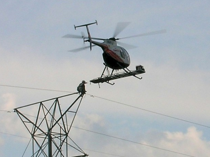 Content Dam Elp Online Articles 2015 January Helicopter Inspection Transmission Elp