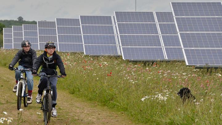 Content Dam Elp Online Articles 2015 January Solar Park Elp