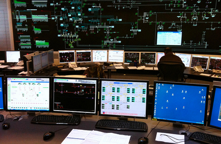 Content Dam Elp Online Articles 2015 January Utility Control Room Elp