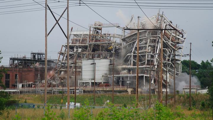 Content Dam Elp Online Articles 2015 June Duke Energy Power Plant Implosion Elp