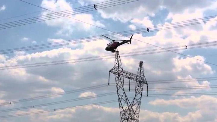 Content Dam Elp Online Articles 2015 June Helicopter Transmission Line Elp