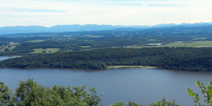 Content Dam Elp Online Articles 2015 June Lake Champlain Elp