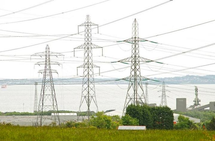 Content Dam Elp Online Articles 2015 June Power Transmission Lines Elp 1