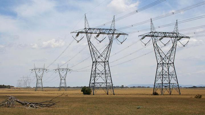 Content Dam Elp Online Articles 2015 June Power Transmission Lines Elp 5