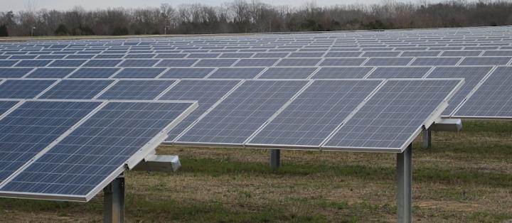 Content Dam Elp Online Articles 2015 June Solar Power Project 3 Elp