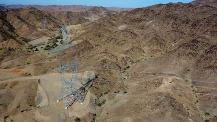 Content Dam Elp Online Articles 2015 May Arizona Transmission Line Elp