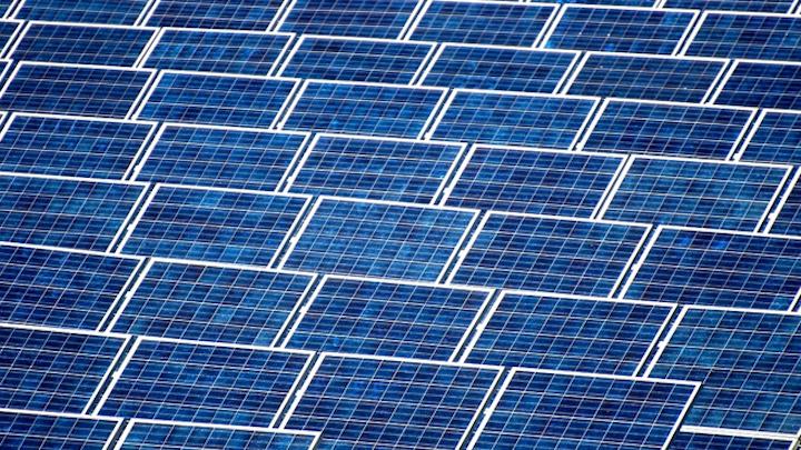 Content Dam Elp Online Articles 2015 May Solar Array Elp