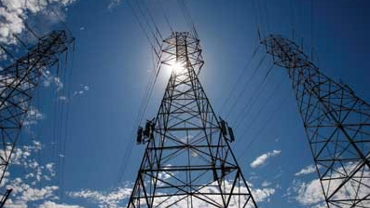 Content Dam Elp Online Articles 2015 May Transmission Tower Midwest Elp