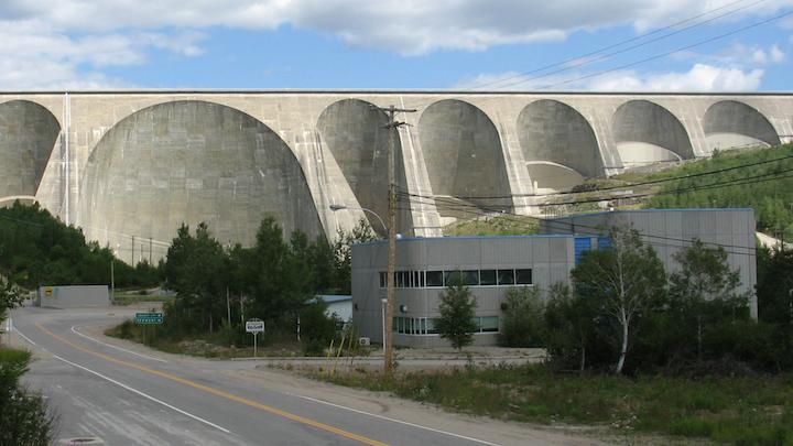 Content Dam Elp Online Articles 2015 November Quebec Canada Hydropower Dam Elp