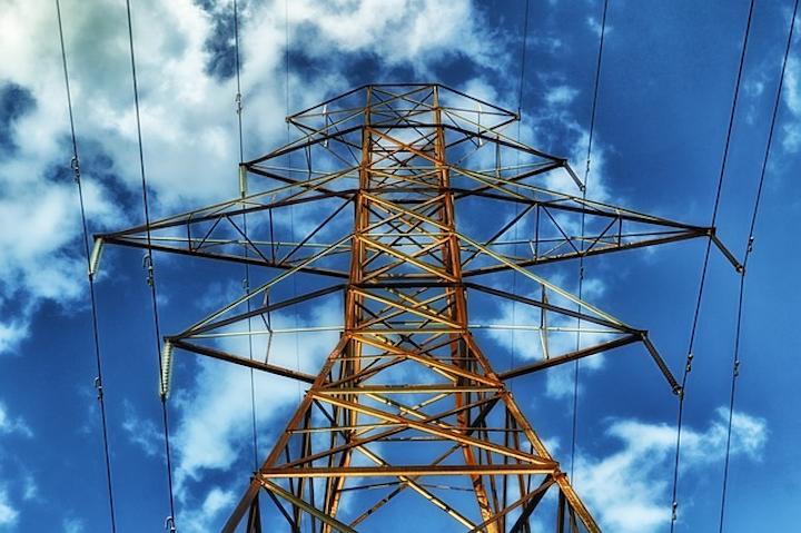 Content Dam Elp Online Articles 2015 October Transmission Power Line Elp