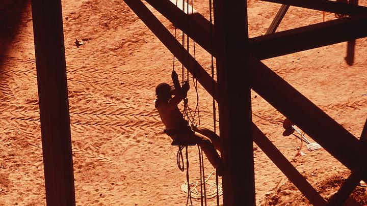 Content Dam Elp Online Articles 2016 01 Srp Worker Salt River Project Elp