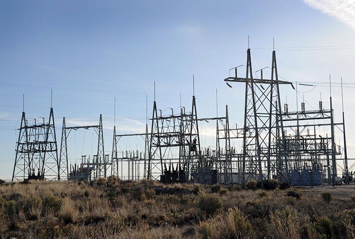 Content Dam Elp Online Articles 2016 11 Power Grid Distribution Substation Elp