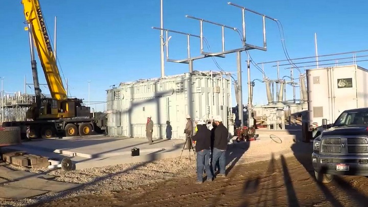 Content Dam Elp Online Articles 2017 04 Pacific Power Substation Elp