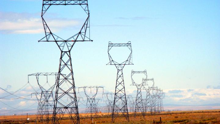 Content Dam Elp Online Articles 2017 05 Bonneville Power Administration Transmission Lines Elp