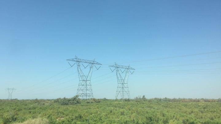 Content Dam Elp Online Articles 2017 08 Transmission Lines August 14 Elp 3