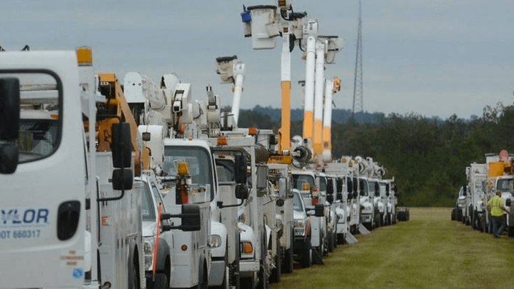 Content Dam Elp Online Articles 2017 08 Utility Workers Response Elp