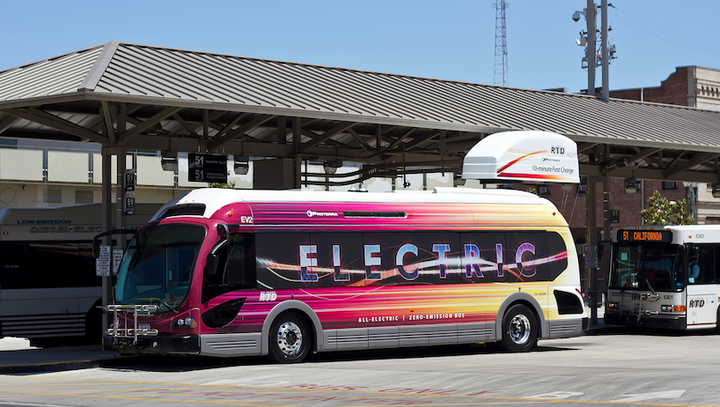 Content Dam Elp Online Articles 2017 10 Electric Bus October 19 Elp