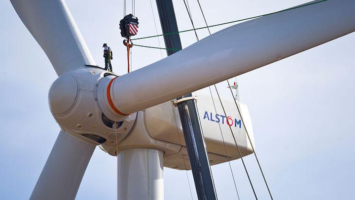 Content Dam Elp Online Articles 2017 11 Wind Turbine Worker November 9 Elp