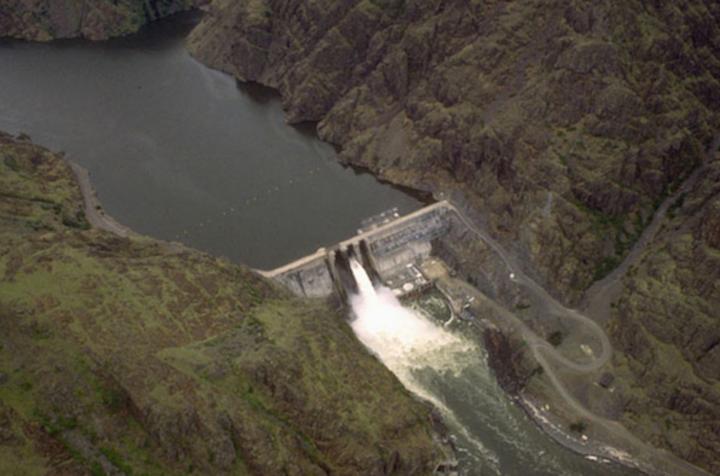 Content Dam Elp Online Articles 2017 12 Hells Canyon Hydro Dec 18 Elp