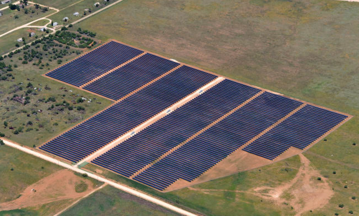 Content Dam Elp Online Articles 2018 03 Lamesa Solar Power Facility Elp