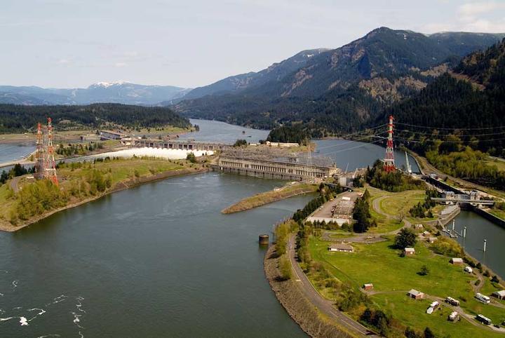 Content Dam Hydro Gallery En Articles Slideshow 2016 04 Bonneville Hydro Facility Bonneville Hydro Facility
