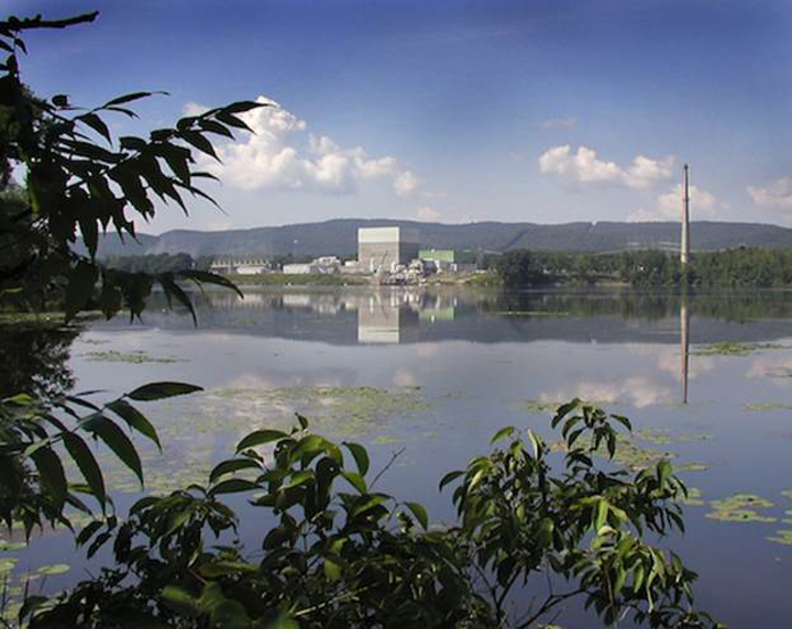 Content Dam Pe Gallery En Articles Slideshow 2016 08 U S Nuclear Power Plants Already Closed Or Closing Vermont Yankee