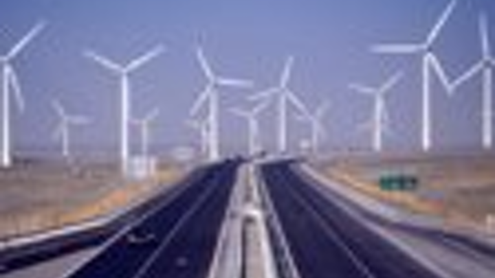 Content Dam Pei Online Articles 2013 04 Windfarm In China 001 Thumbnail