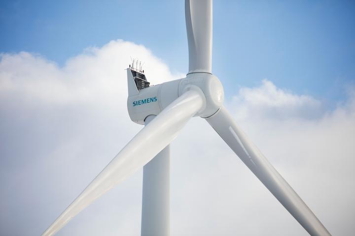 Content Dam Pei Online Articles 2017 04 Siemens France Windfarm