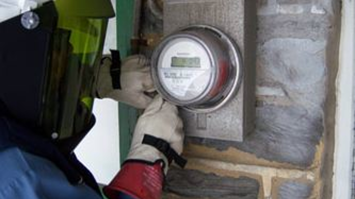 Content Dam Pennenergy Online Articles 2014 03 Ami Meter Installation